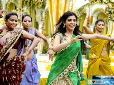 Samantha dancing for marriage song in Dookudu movie spicy Saree...