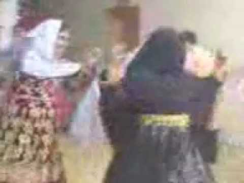 Afghani Girls Attan 04-05-2012 video