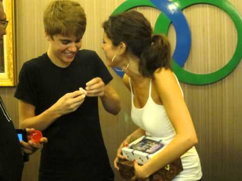 Justin and Selena backstage at Justin's Concert in Jakarta 04/25/11