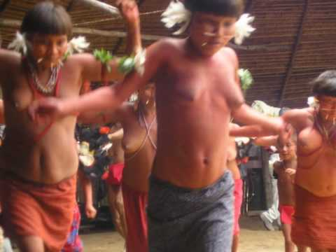 Yanomami People and Baskets of the Amazon - Körbe vom Amazonas