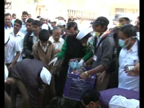 Hundreds of children take pledge with Prakash Javadekar to keep environment clean under Swach Bharat