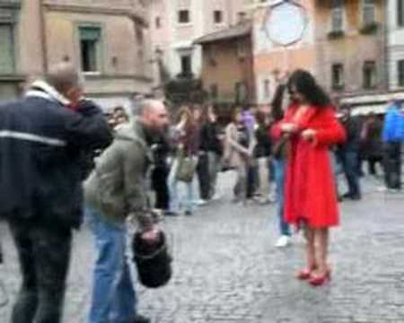 Maria Grazia Cucinotta Live