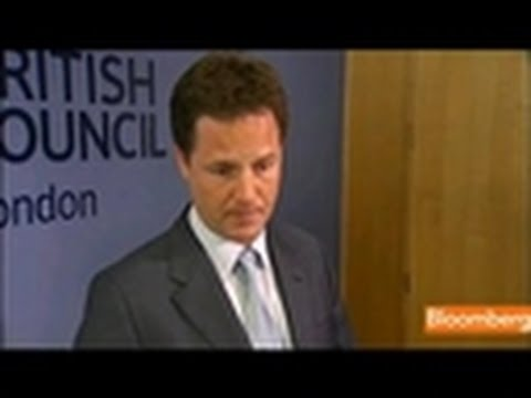 Clegg Says Restoring Oil Output a Priority for Libya