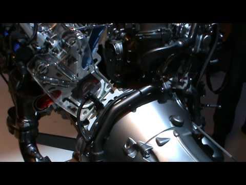 Mercedes benz v6 3 5l petrol engine demonstration youtube for Mercedes benz 3 5 v6 engine