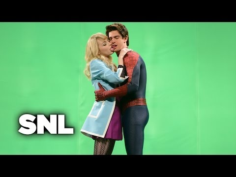 Spiderman Kiss - Saturday Night Live