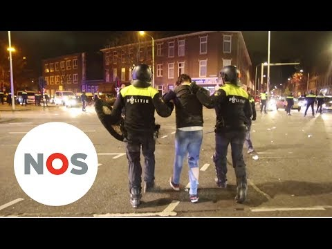 VOETBAL: Onrust in Den Haag en rellen in Brussel na WK kwalificatie Marokko