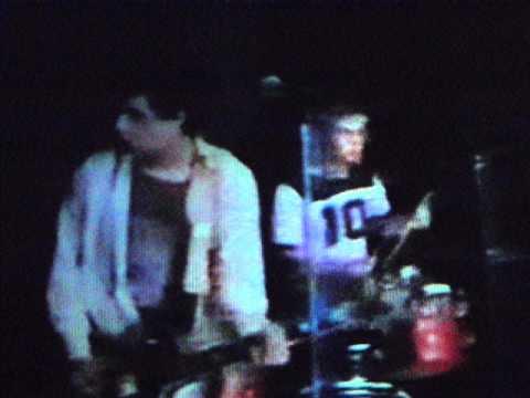 Melvins - Glow-God/Big as a Mountain/Now a Limo (Live 11-20-1986)
