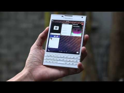 Tinhte.vn - Review BlackBerry Passport: Thiết kế và hoàn thiện