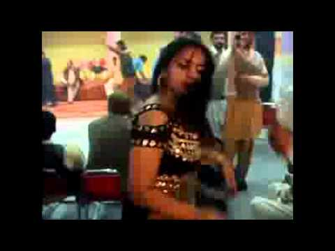 Pashto Hot Dance In peshawar Wedding.flv