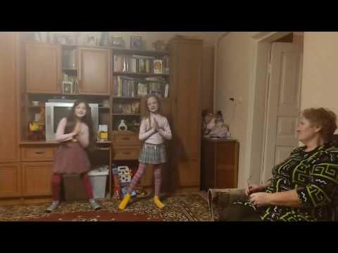 ОЧЕНЬ КРАСИВАЯ ПЕСНЯ ПРО БАБУШКУ .Подарок бабушке песня  ДО СЛЕЗ на день рождения