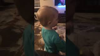 Easton Reed eating sour patch kids for the first time