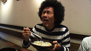 【SUSHI★BOYSのいたずら】あれ?食べても食べても…  江の島名物しらす丼!#68