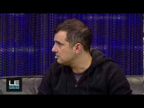 Gary Vaynerchuk Q&A with Loïc Le Meur at LeWeb'13 [Full Video]
