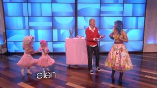 Download Lagu Nicki Minaj Sings 'Super Bass' with Sophia Grace (Full Version) Gratis STAFABAND