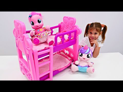 ЛИТЛ ПОНИ 🎀 Двухъярусная кровать для #ПинкиПай и #ФларриХарт Мультики Новая серия My Little Pony