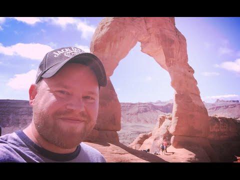 Hike Up Arches National Park ~ Utah