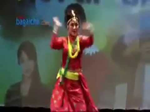 Parbati rai-Nepali folk dance- edit by- Dilip pahim limbu.Japan