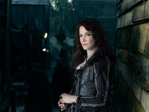 LUCY LAWLESS PLAYS POWERFUL WITCH IN