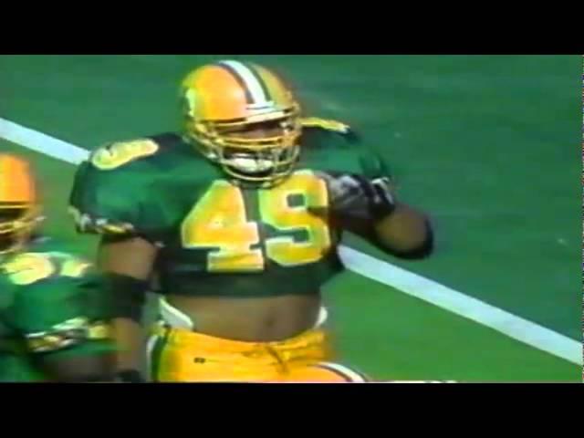 Oregon LB Terrell Edwards sacks UNLV's quarterback 9-26-1992