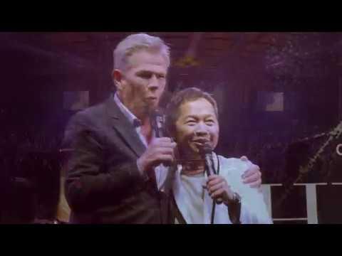 Download  When A Man Loves A Women - Sandhy Sondoro X David Foster :  Hitman David Foster & Friends  Gratis, download lagu terbaru