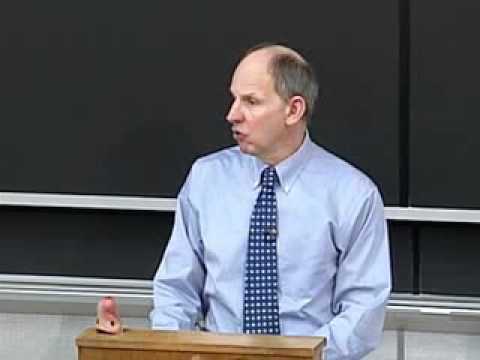 In the Classroom: First-Year Contracts with Professor Mark Pettit