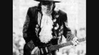 Watch Stevie Ray Vaughan Cold Shot video