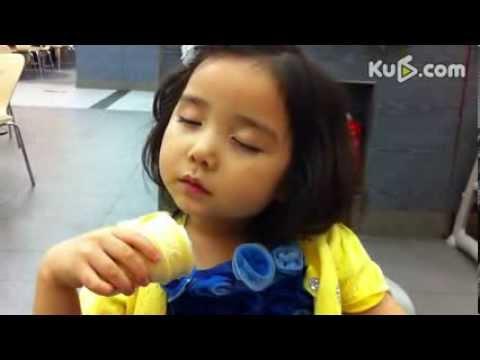 缘宝公主---四岁萌妞吃睡两不误