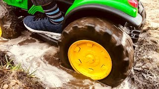 BABY accident Stuck in the mud TOWING Ride on POWER WHEEL QUAD BIKE and Tractor Excavator