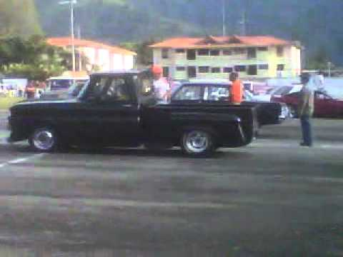 PIQUES AEROPUERTO MERIDA, (ford falcon vs. c-10)