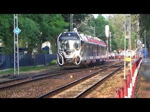 Nowa epoka na WKD - EZT serii EN100 (39WE) oraz pierwsze pociągi pod napięciem 3000V