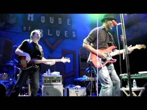 Keb Mo - Dangerous Mood/Gimme Whatcha Got