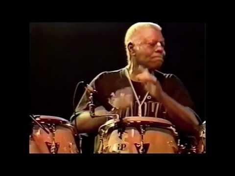 Santana - Savor/Percussion Jam Live In Santiago 1992