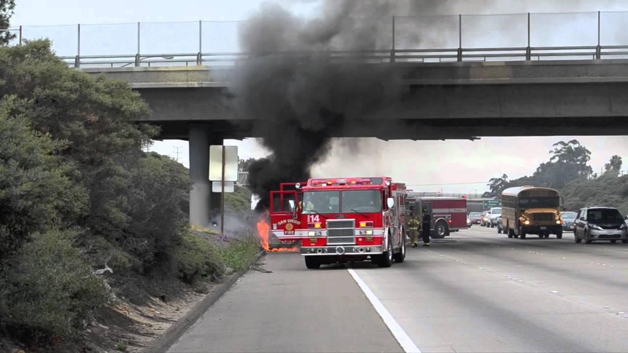 Freeway Vehicle Fire San Diego I805 At El Cajon Blvd Youtube