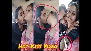 Cute couple Hot kissing Musically video || Hot Musically Kissing Video