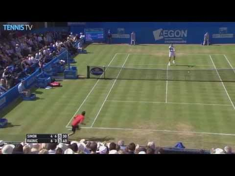 Simon Stings Raonic With Pass - London Queens Club 2015