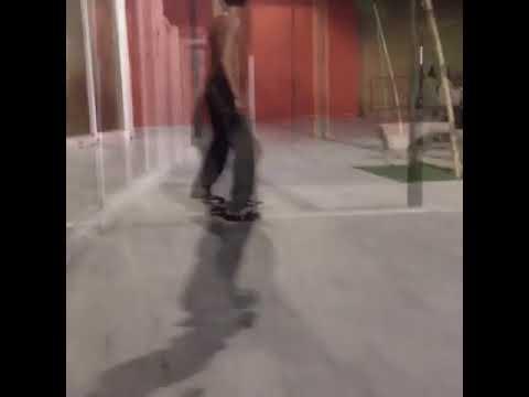 Name this trick for @d_marques9 @alvaresdewa 🌪 🔂 | Shralpin Skateboarding
