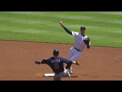 MIN@DET: Iglesias, Kinsler turn a smooth double play