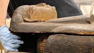 Scientists Open Egyptian Mummy Coffin in Chicago