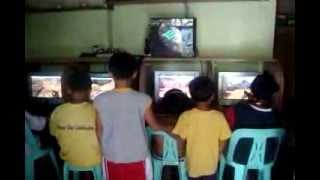 Multi-PC 1_4 Gaming Setup (4 users playing Counter Strike on 1 PC) PART 2