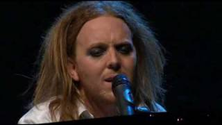 Watch Tim Minchin White Wine In The Sun video