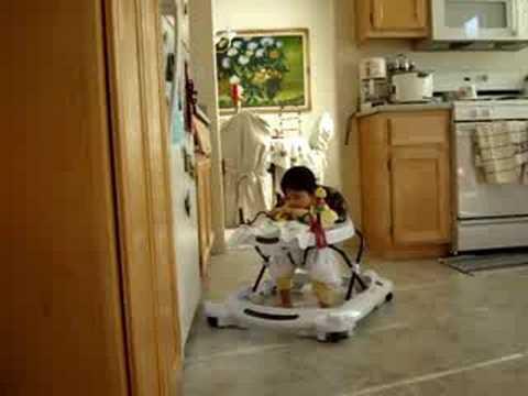 06.22.08 Jasmine on walker at 7 months