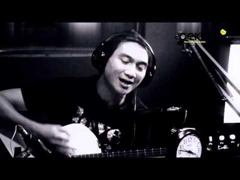 "Anji - ""Kekasih Terhebat"" Acoustic session for Hot Musician"