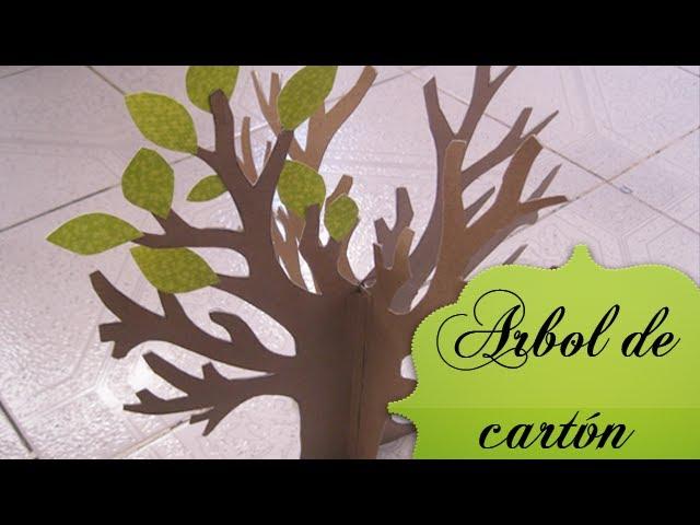 Árbol de cartón ♥.