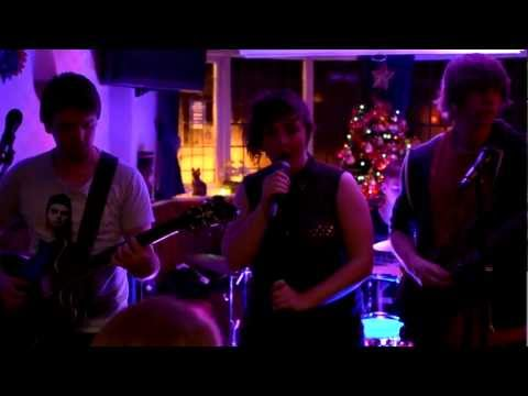 Standing In The Way Of Control - Gossip (Sofi & The Sirens Cover)