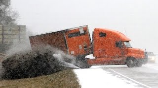 IDIOT TRUCK DRIVERS, CRAZY TRUCK DRIVING FAILS 2017