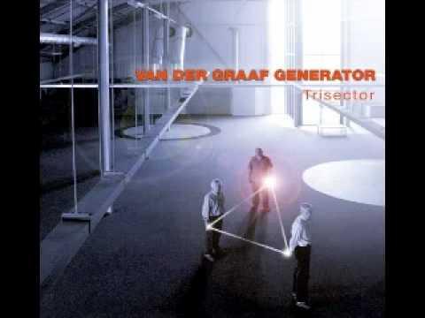 Van Der Graaf Generator - The Emperor On His War-Room Ii. The Room