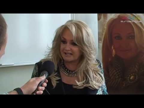 Interview Bonnie Tyler (United Kingdom - Eurovision 2013) in Malm (Part 1 of 3)