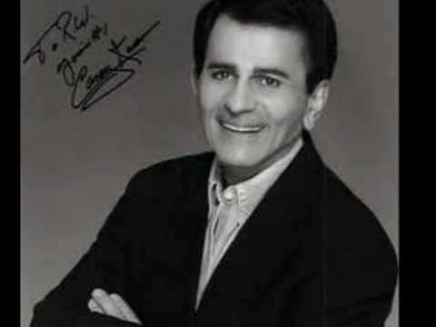 Casey Kasem Loses It In The Studio