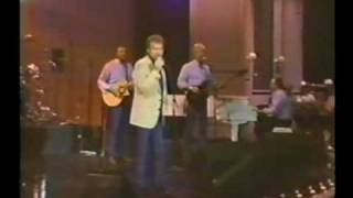 Gene Watson - Ain't No Fun To Be Alone In San Antone