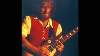 Watch Jethro Tull Heat video